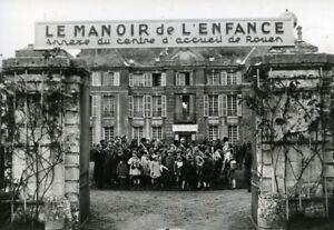 France-Rouen-Sotteville-Castle-Childhood-Manor-Old-Photo-1942