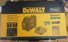 DEWALT DW088LG Self-Leveling Cross Line Green Laser Levelling Leveler w Batt