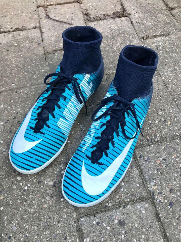 Fodboldsko, Indendørs, Nike mercurial