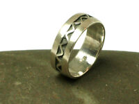 Unisex Sterling Silver 925 Ring - Size: L - Gift Boxed