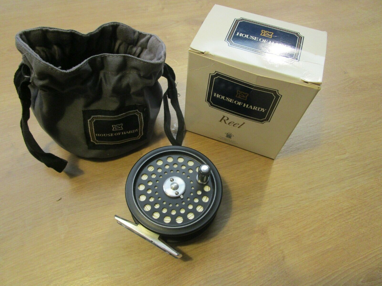 HARDY ULTRALITE DISC FLY REEL - LTD EDN NO 067 WITH POUCH,BOX AND LINE