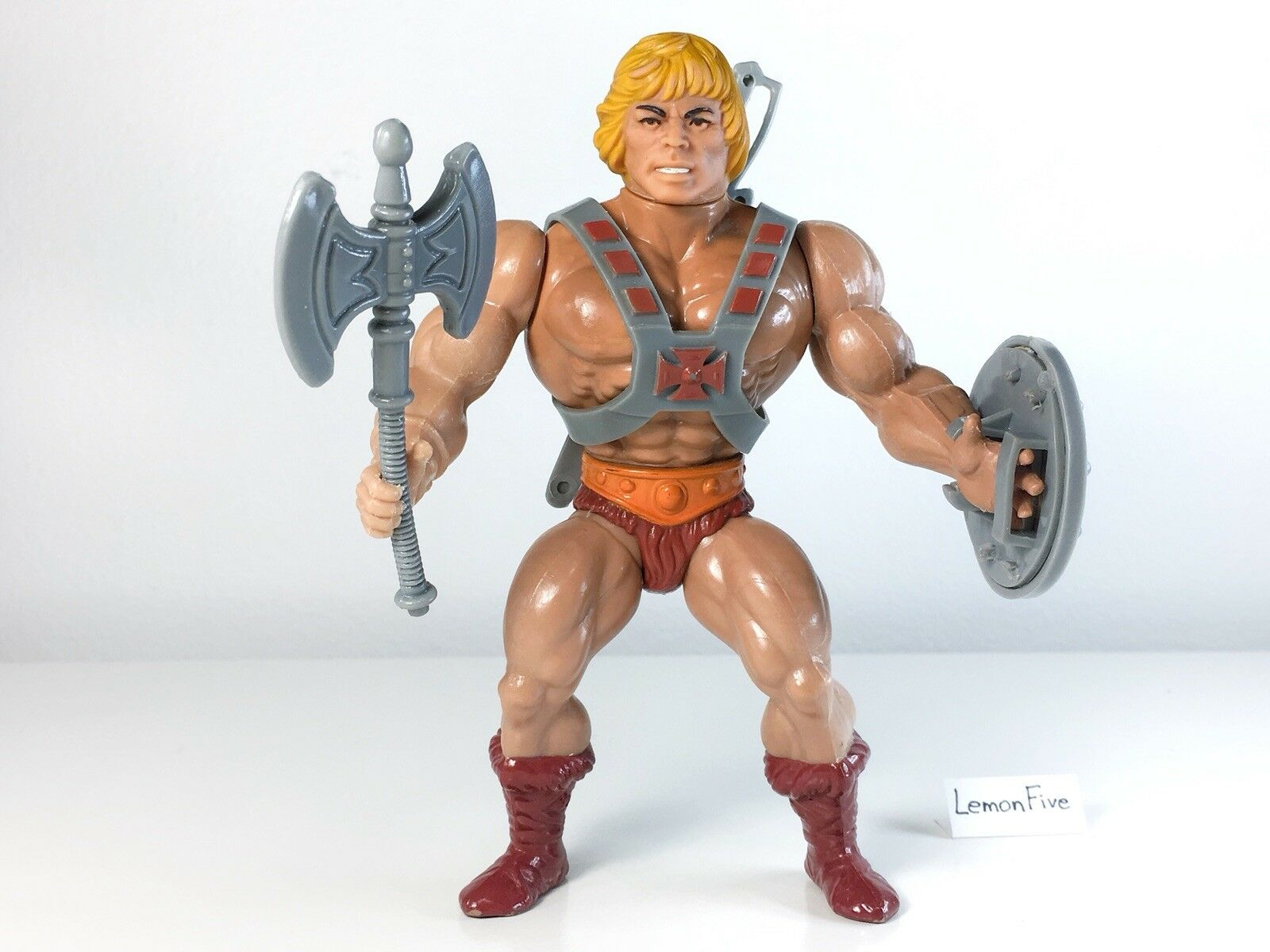 MOTU HE-MAN - Complete Axe, Shield, Harness Mattel 80s