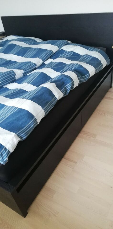 Dobbeltseng, Ikea Malm, b: 180 l: 200 h: 38