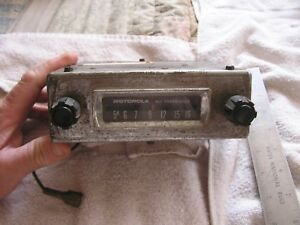 Vintage-Motorola-All-Transistor-AM-Radio-290T