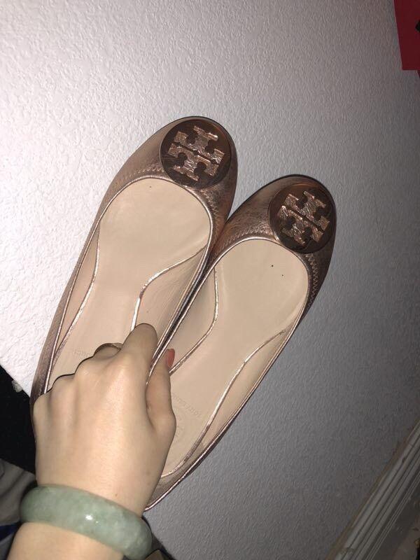 Tory Burch womens shoes Size 37