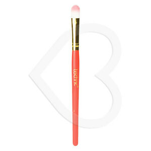 Technic-Concealer-Brush-High-Quality-Blending-Professional-Results-Super-Soft