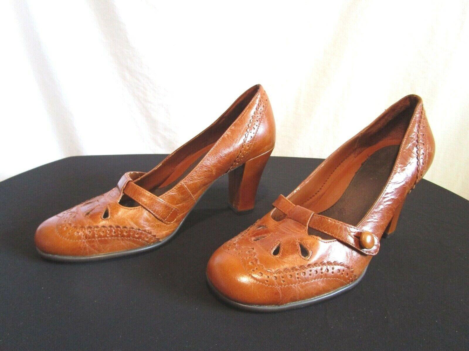 Aerosoles Carolina Brown Leather Round Toe Pumps Heels Shoes Size 6.5 M