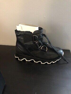 Women Sorel Kinetic Short Lace Up Boot