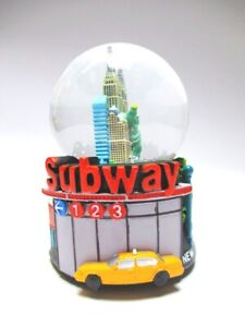 New-York-Schneekugel-XL-Spieluhr-Subway-Metro-Empire-State-Amerika-Snowglobe