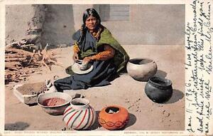 Moki-Indian-Woman-Making-Pottery-Native-Americana-Vintage-Postcard-1906