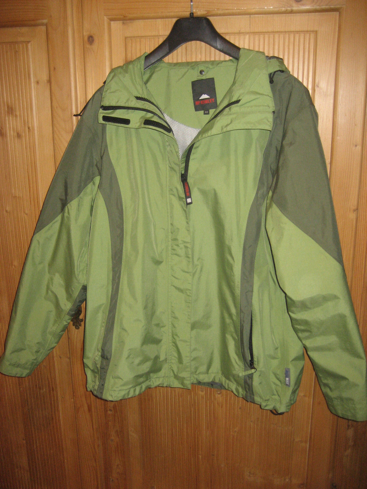 Mc Kinley Jacke Trekkingjacke Größe 44 grün Allwetterjacke wind- und wasserdicht