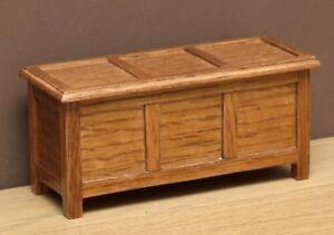 1:12 Dolls House Oak chest