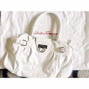 025fabbedd Image is loading Salvatore-Ferragamo-Marisa-White-Leather-Shoulder-Bag-RRP-