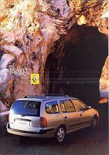 Renault Megane Kombi 2001 catalogue brochure suedois swedish rare