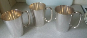 THREE-VINTAGE-SILVER-PLATED-BEER-ALE-TANKARDS-4-3-4-INCH-TALL