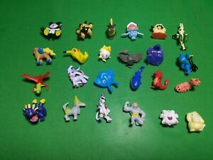 """Lot of Pokemon Toy Set Mini Action Figures Pokémon Go 1/"""" tall"""