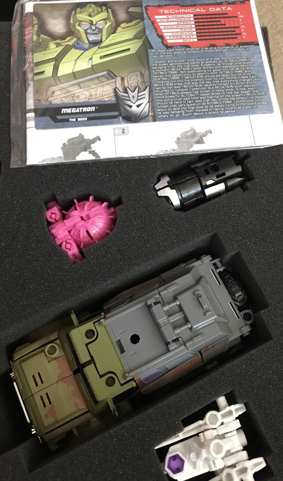 Botcon 2015 Transformers Cybertron Most Wanted Megatron With 3 Minicons New