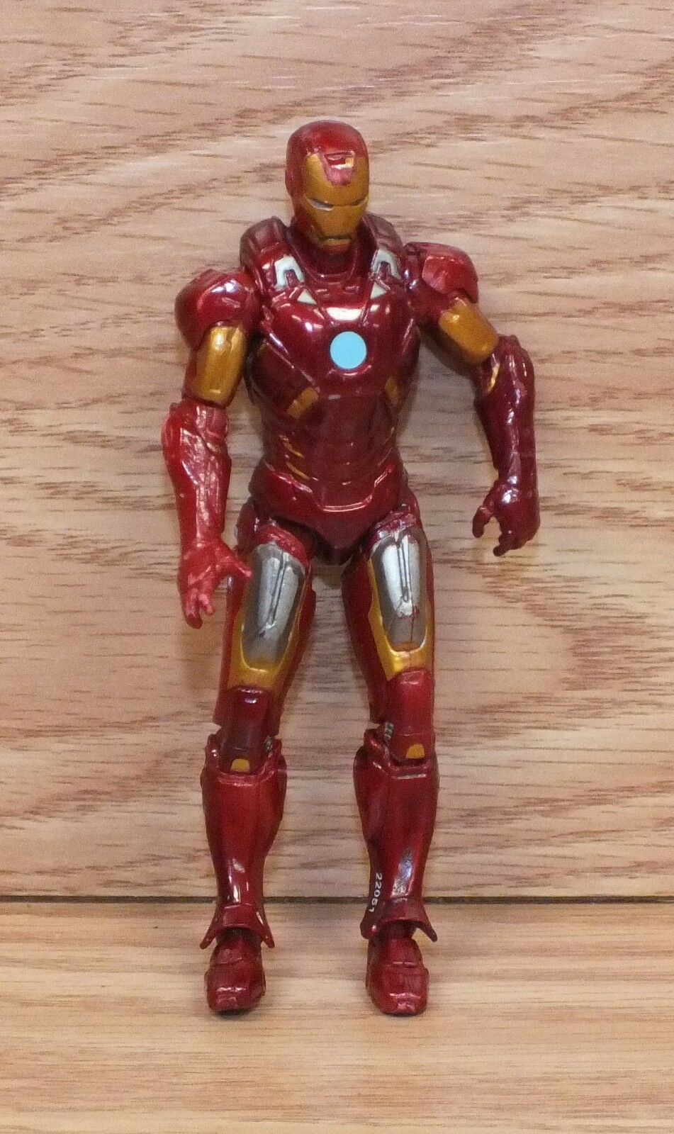 Genuine Marvel 2012 Articulated Small 4  (inch) Avengers Iron Man Action Figure