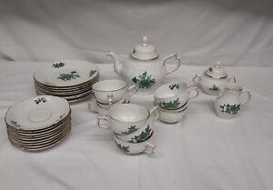 Rosenthal-Classic-Rose-034-Sanssouci-034-Gruene-Blume-29-teiliges-Tee-Kaffee-Service
