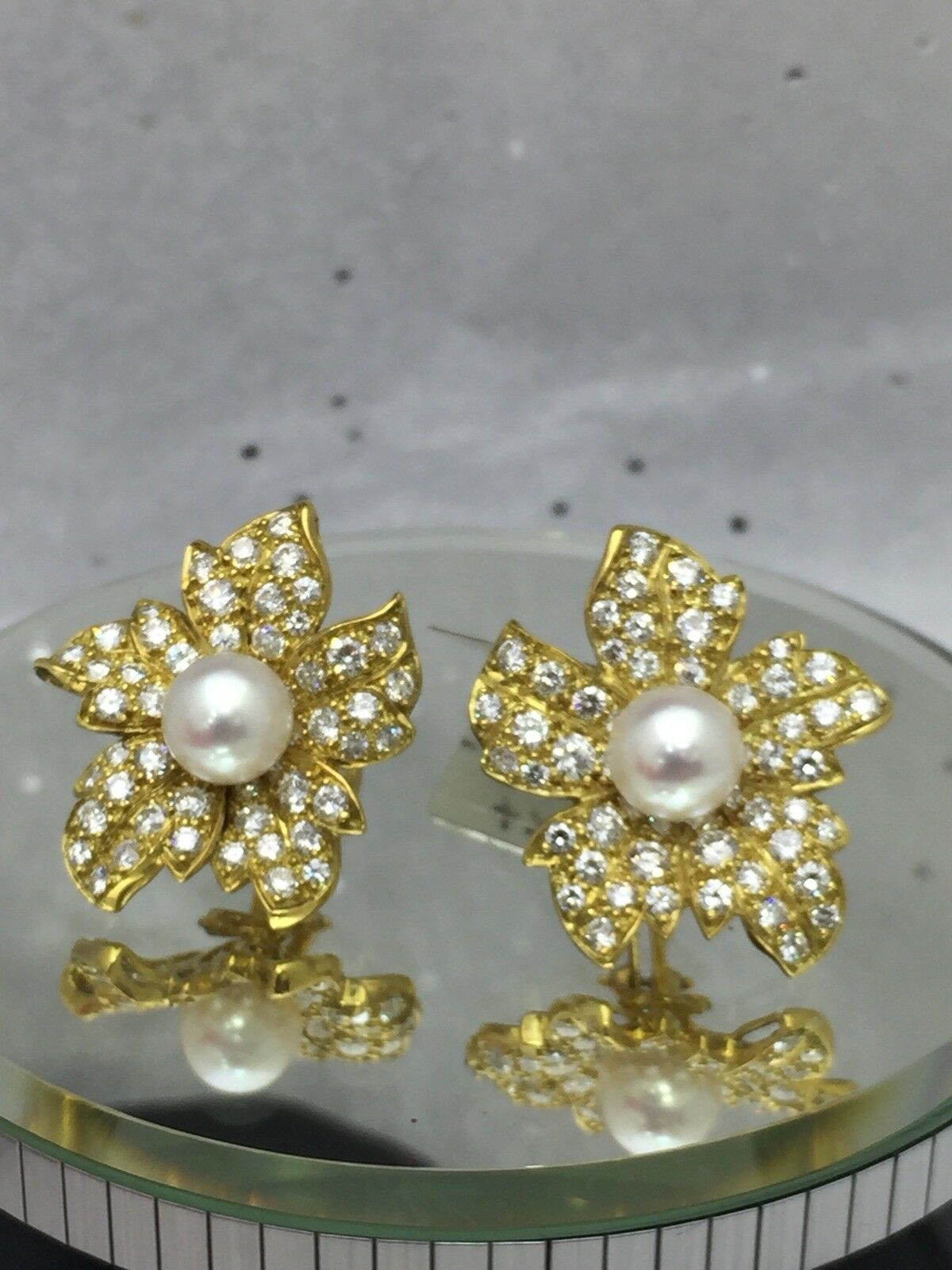 Pearl & Diamond Earrings 18k Yellow gold 3.50ct, F-G VS