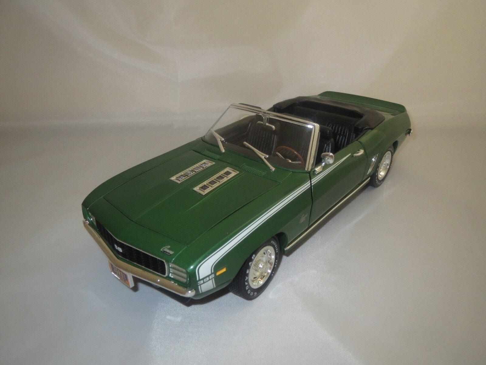 mejor marca Ertl American American American muscle Chevrolet Camaro 396 SS  1969  1 18 sin embalaje   entrega de rayos
