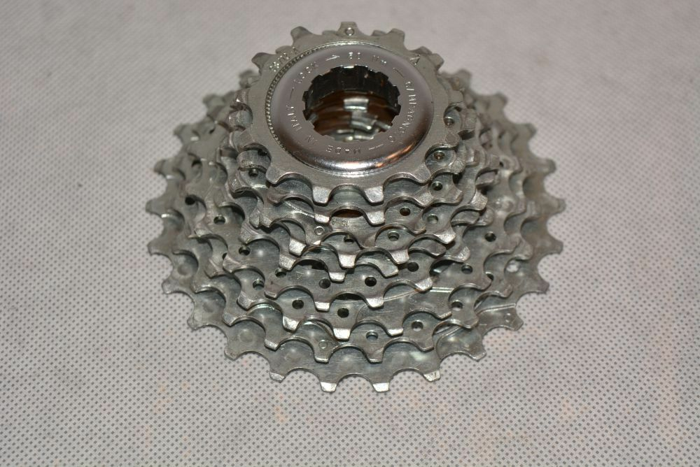 CAMPAGNOLO 9s cassette    13-26   very good condition