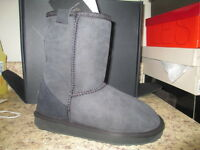 Emu Australia Stinger Lo W10002 Boots 5 M Black Suede With Box