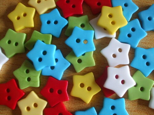 Pretty STARS bright mixed acrylic craft buttons 15mm x30 UK seller UK seller F18