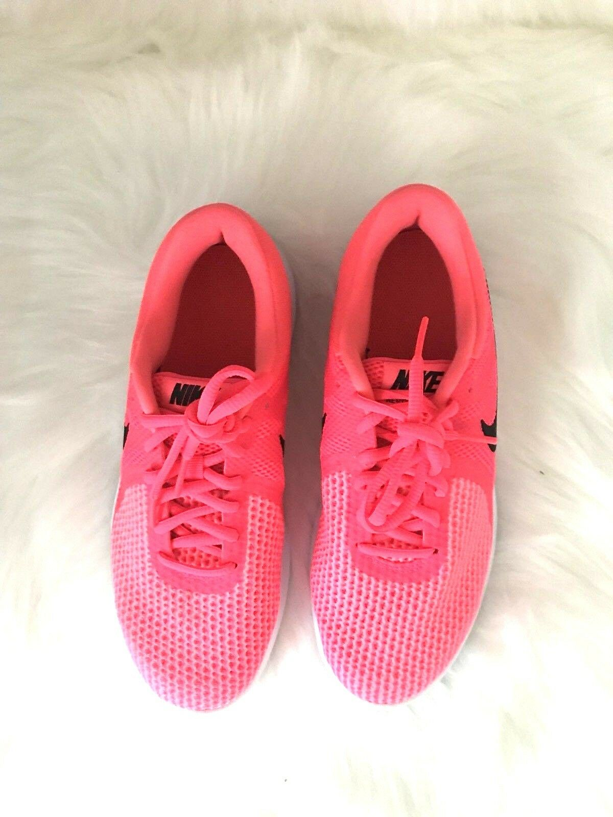Women's NIKE REVOLUTION 4 shoes, sneakers New RN 9089999 Size 7