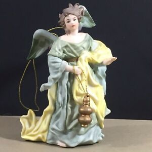 Milano-Porcelain-Angel-Ornament-Sculpture-Eda-Mann-1982-80s-vintage-Christmas