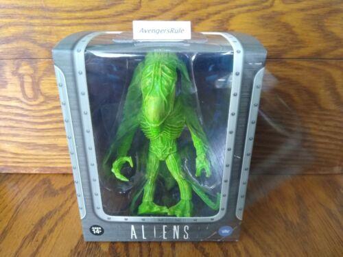 Aliens The Loyal Subjects Vinyls Xenomorph Green and Ovomorph Egg Open 1//24