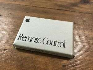 Apple-Remote-Control-for-Macintosh-TV-Vintage-Rare-039-Credit-Card-039-Style-in-Box