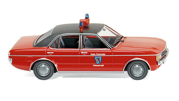 WIKING HO scale ~ 'FORD GRANADA' ~ ASSEMBLED 1/87 plastic model *parts missing*