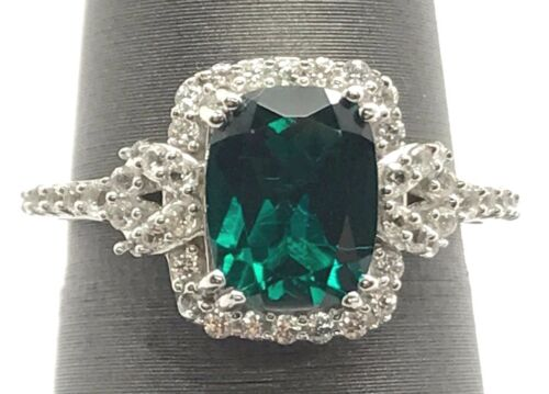 Sterling Silver Faceted Green Tourmaline Cubique Zircone Halo élégant Cocktail Band Ring 6.75