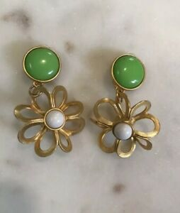 Details About Vintage Costume Jewelry Earrings Gold Tone Colorful Retro Green White Fl