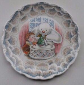 ROYAL DOULTON SNOWMAN GIFt COLLECTION SNOWMAN  CHRISTMAS CAKE PLATE 1985 - Banbury, United Kingdom - ROYAL DOULTON SNOWMAN GIFt COLLECTION SNOWMAN  CHRISTMAS CAKE PLATE 1985 - Banbury, United Kingdom