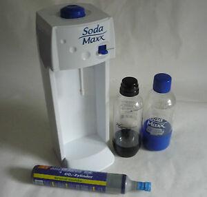 soda maxx trinkwassersprudler mit 2 flaschen und unge ffnetem 490g co2 zylinder ebay. Black Bedroom Furniture Sets. Home Design Ideas
