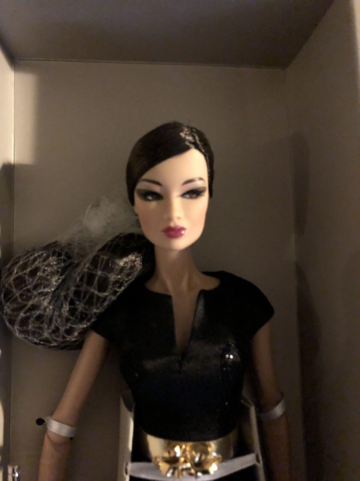 Fantastic Kyori moda Royalty  (silkstone jason wu bambola)   a prezzi accessibili