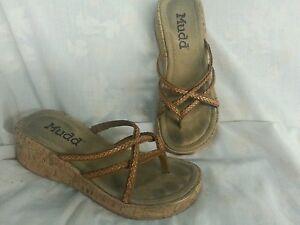 Mudd-Beige-Cork-Sandals-Size-7