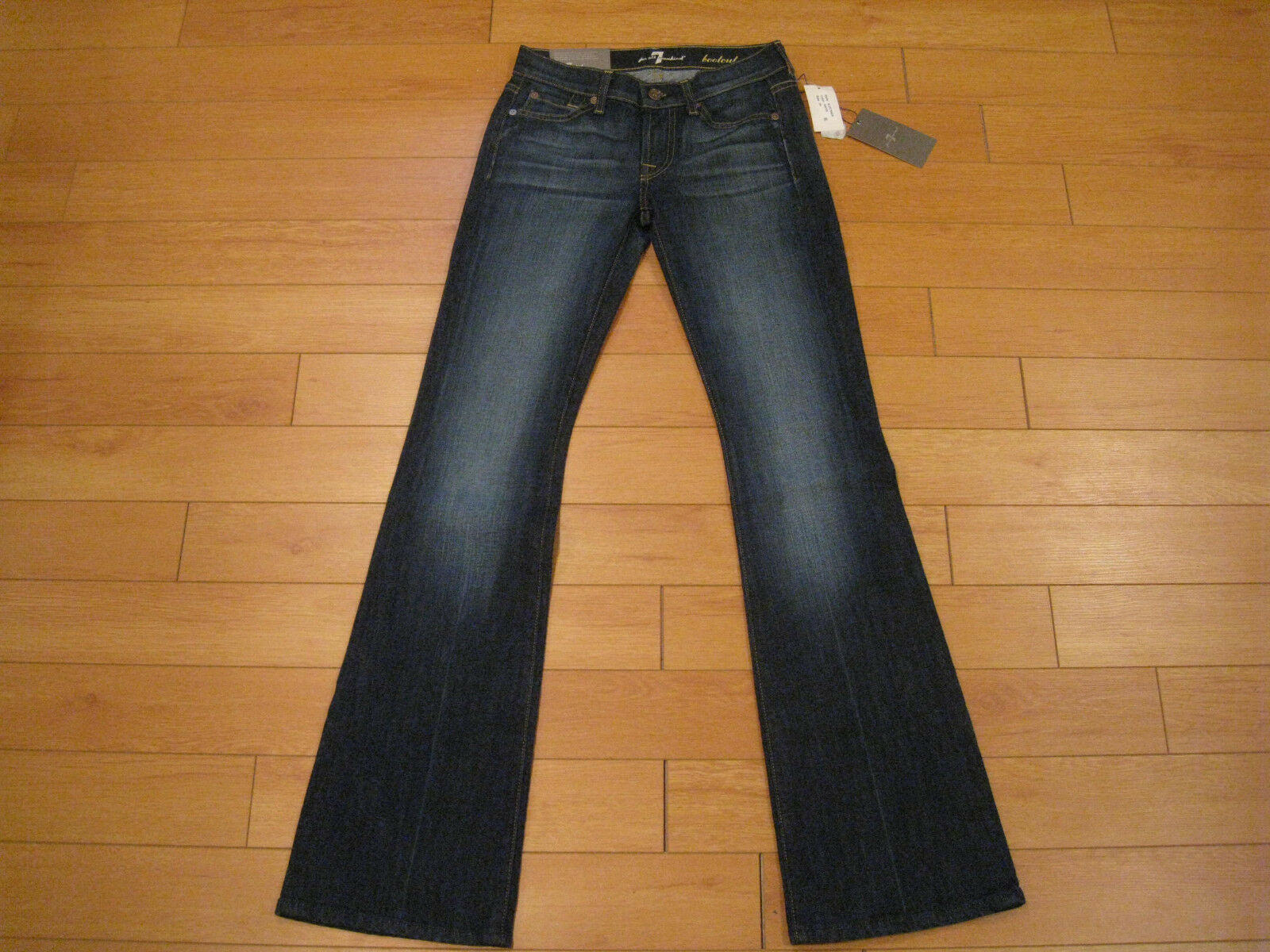 NWT Women's 7 For All Man Kind Bootcut Jeans (Retail  178.00)