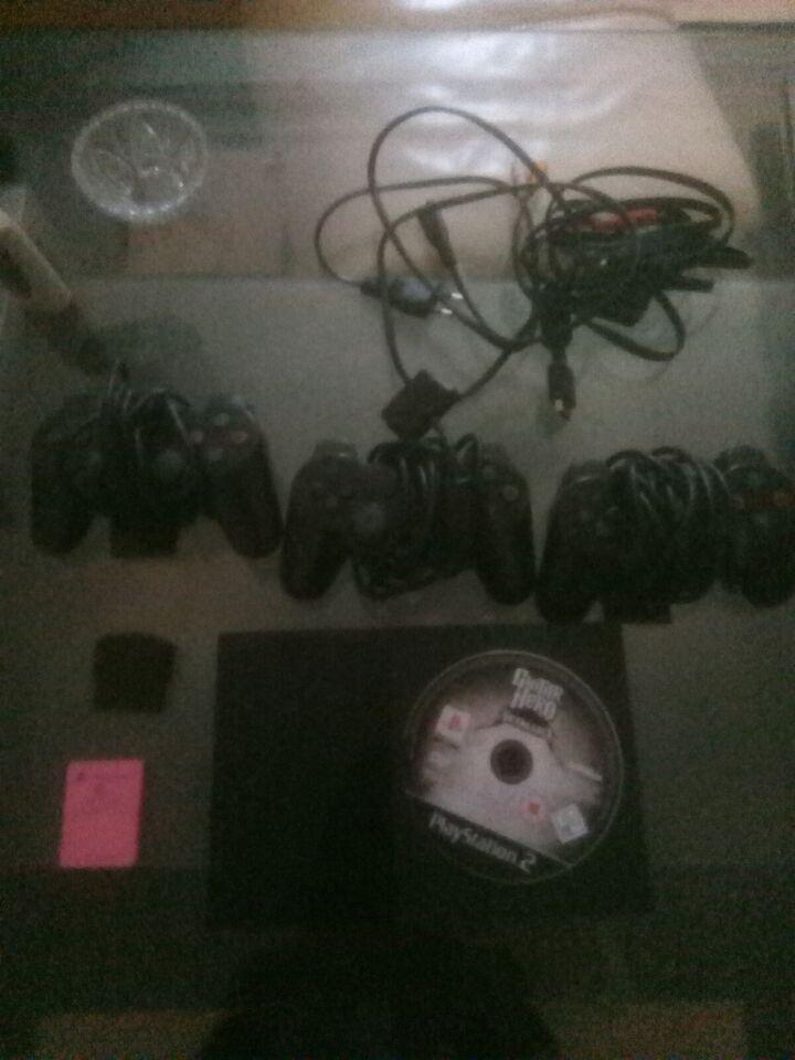 Playstation 2, Slim, God