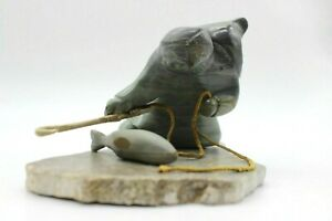 Original-Hand-Carved-Inuit-Eskimo-First-Nation-Fisherman-Soapstone-Sculpture
