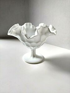 Vintage-Fenton-Thumbprint-Ruffled-Pedestal-Milk-Glass-Round-Compote-Candy-Dish