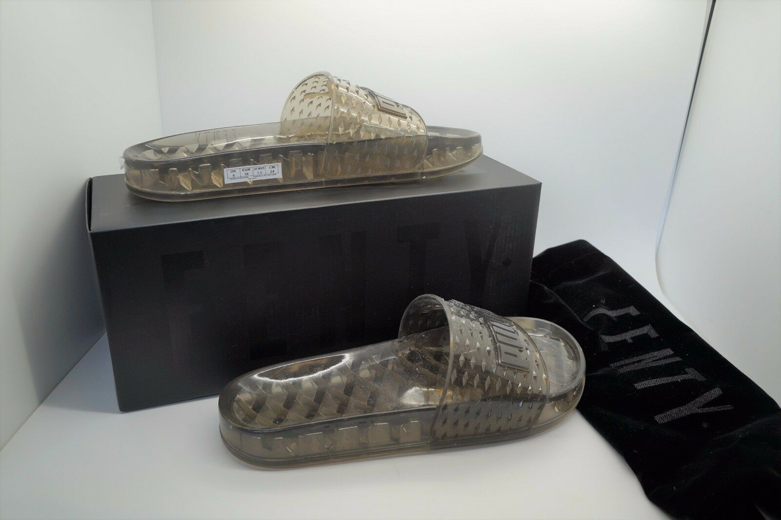 FENTY Rihanna x PUMA Authentic Black Jelly Slides shoes Sz US 7.5 NIB NEW
