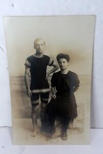 Vintage-RPPC-Real-Photo-Postcard-Man-Woman-Bathing-Suit-Holly-Beach-New-Jersey