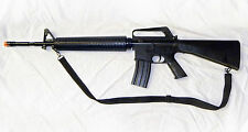 Full Scale U.S. Military M-16 Airsoft Assault Rifle/Gun with many extras! -- NEW