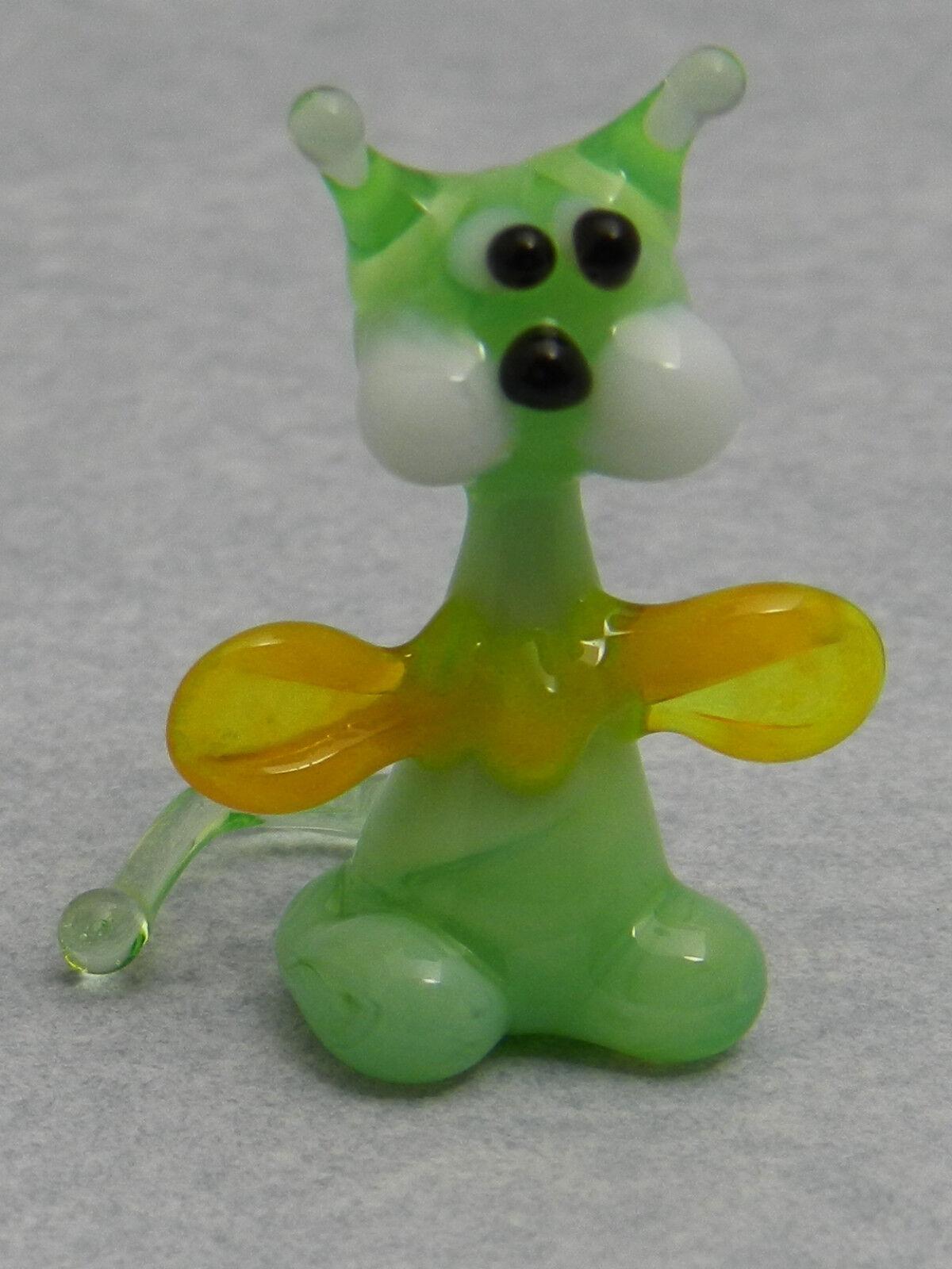 Glass Blown Art Figurine Animal Cat yellow Murano Style