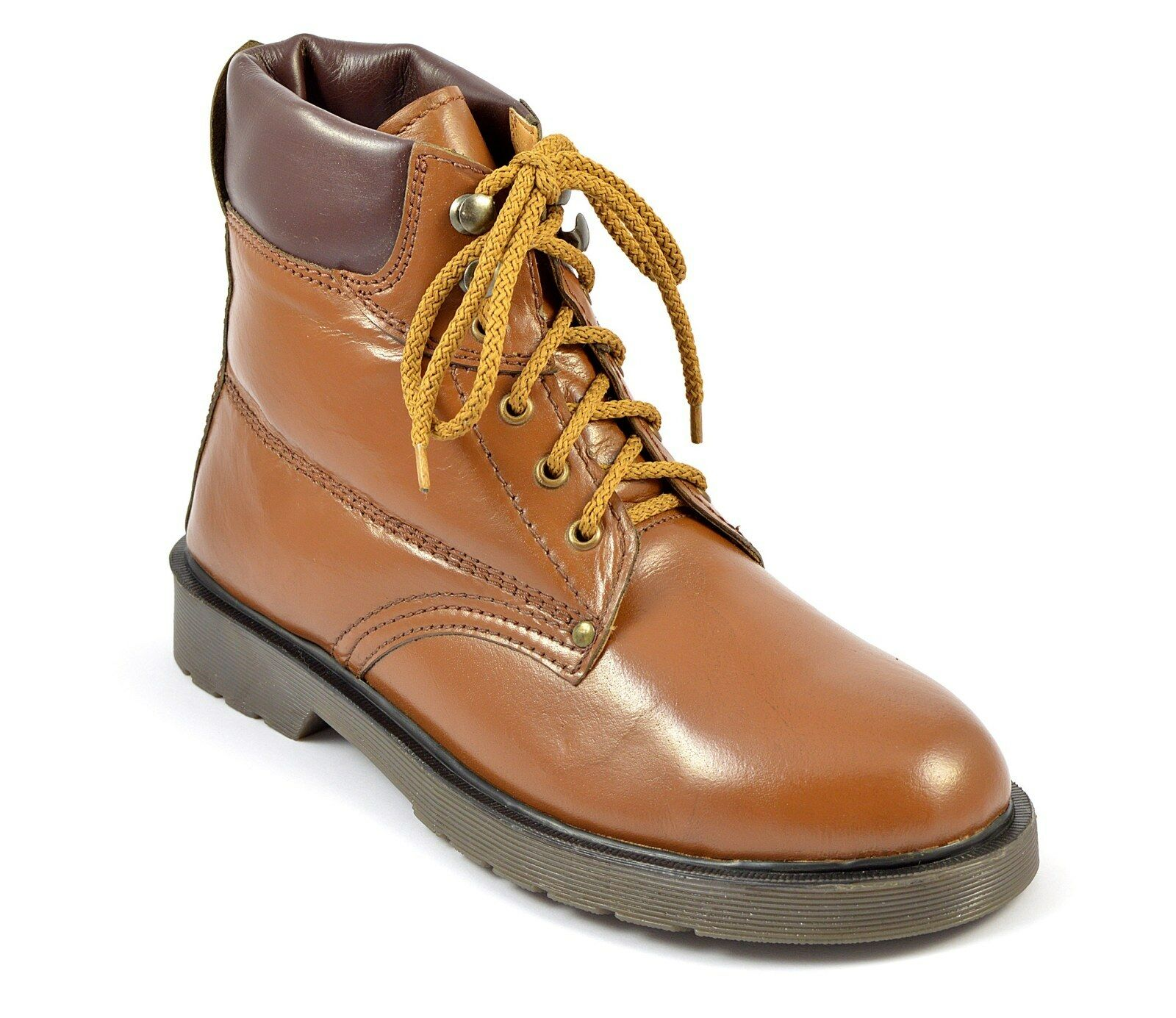 Mens Tan Boots Leather shoes Lace Up Eyelets Rubber Sole Free Delivery Size 9