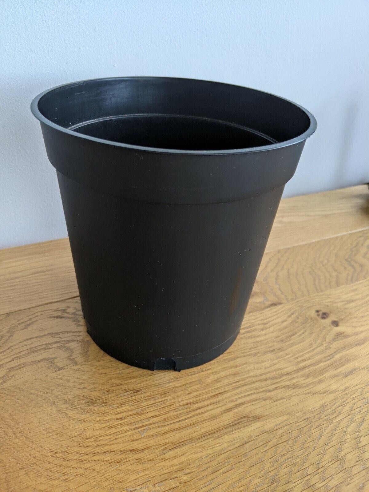 30 x 2 Litre Black Flower Pots (Tall Plastic) - 6