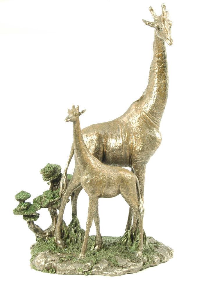 NatureCraft African Giraffe Jungle Mother Baby Figurine